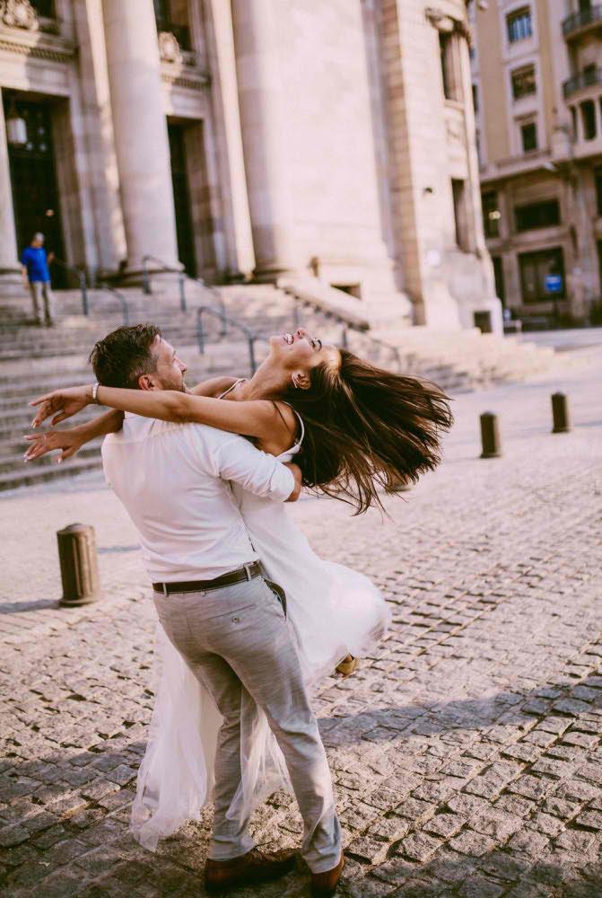 Влюблённые Фото в Центре Барселоны