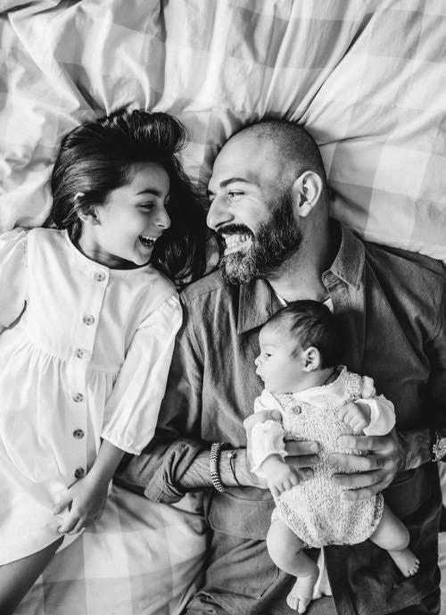 familia feliz sesion en casa
