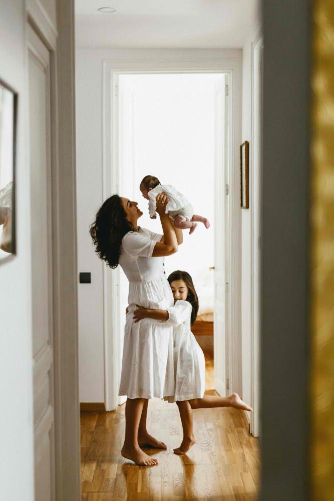 madre hijas sesion casa barcelona