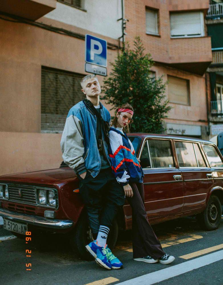 Фотограф для пар в Барселоне в стиле 90ых